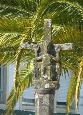 Pilgrims Cross - Melide