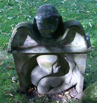grave-detail-1.jpg
