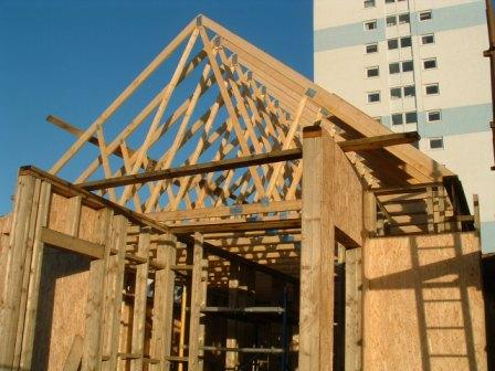 How to install trusses gambrel 39 open web steel roof for Premade roof trusses