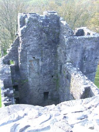 carnasserie-castle-hall.jpg