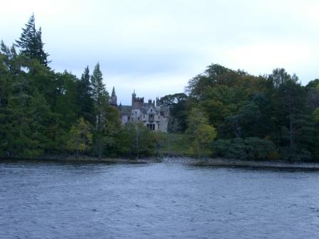 loch-ness-the-other-castle.jpg