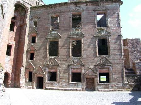 Caserlaverock Castle